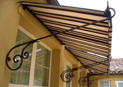 DECORATIVE & SPEAR AWNINGS BY THE AWNING COMPANY (37)